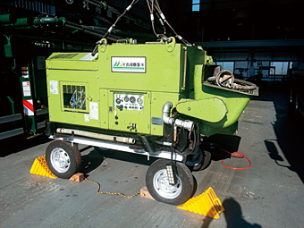 超高圧ポンプ車 シンテック MKW-25SVH